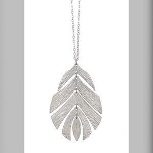 Monstera leaf pendant long necklace